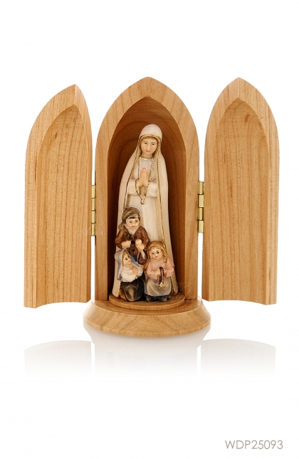 Our Lady of Fatima with Little Shepperds